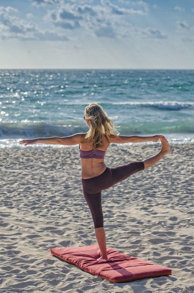 瑜伽能帮你减肥吗?