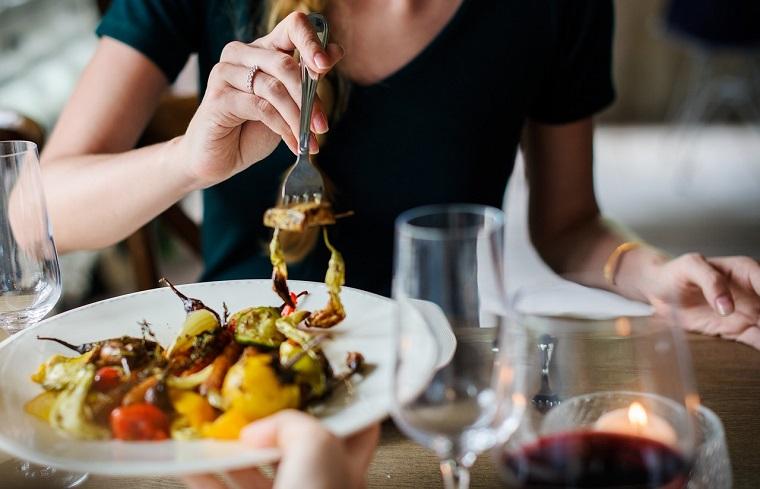 卡路里密度——如何吃更多的食物,但仍然能减肥