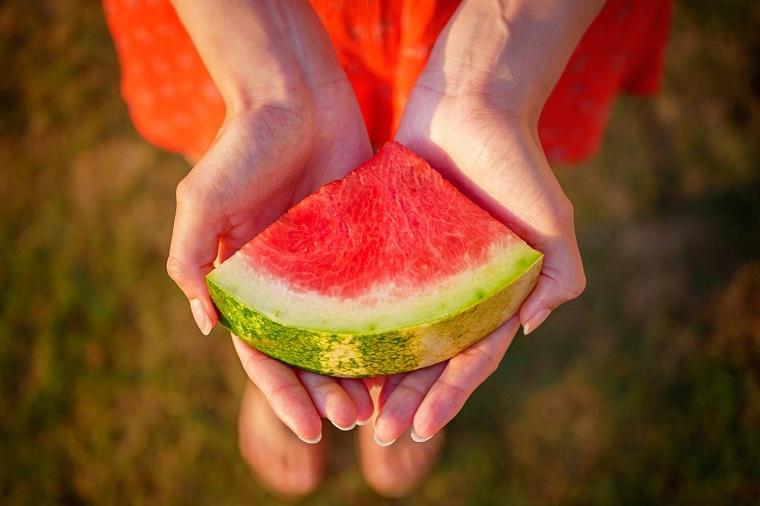 多吃西瓜的好处和坏处
