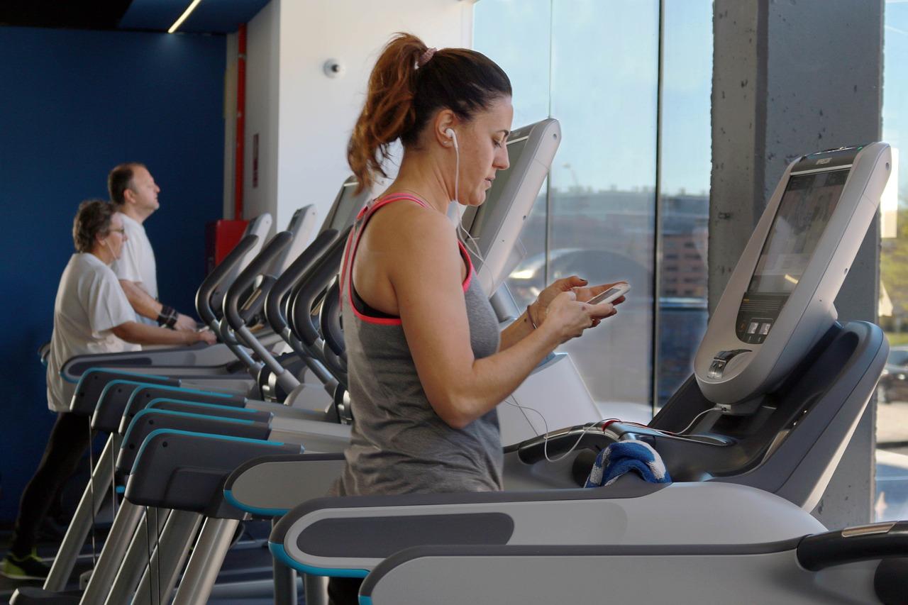 减肥的时候,有氧运动好还是无氧运动好?