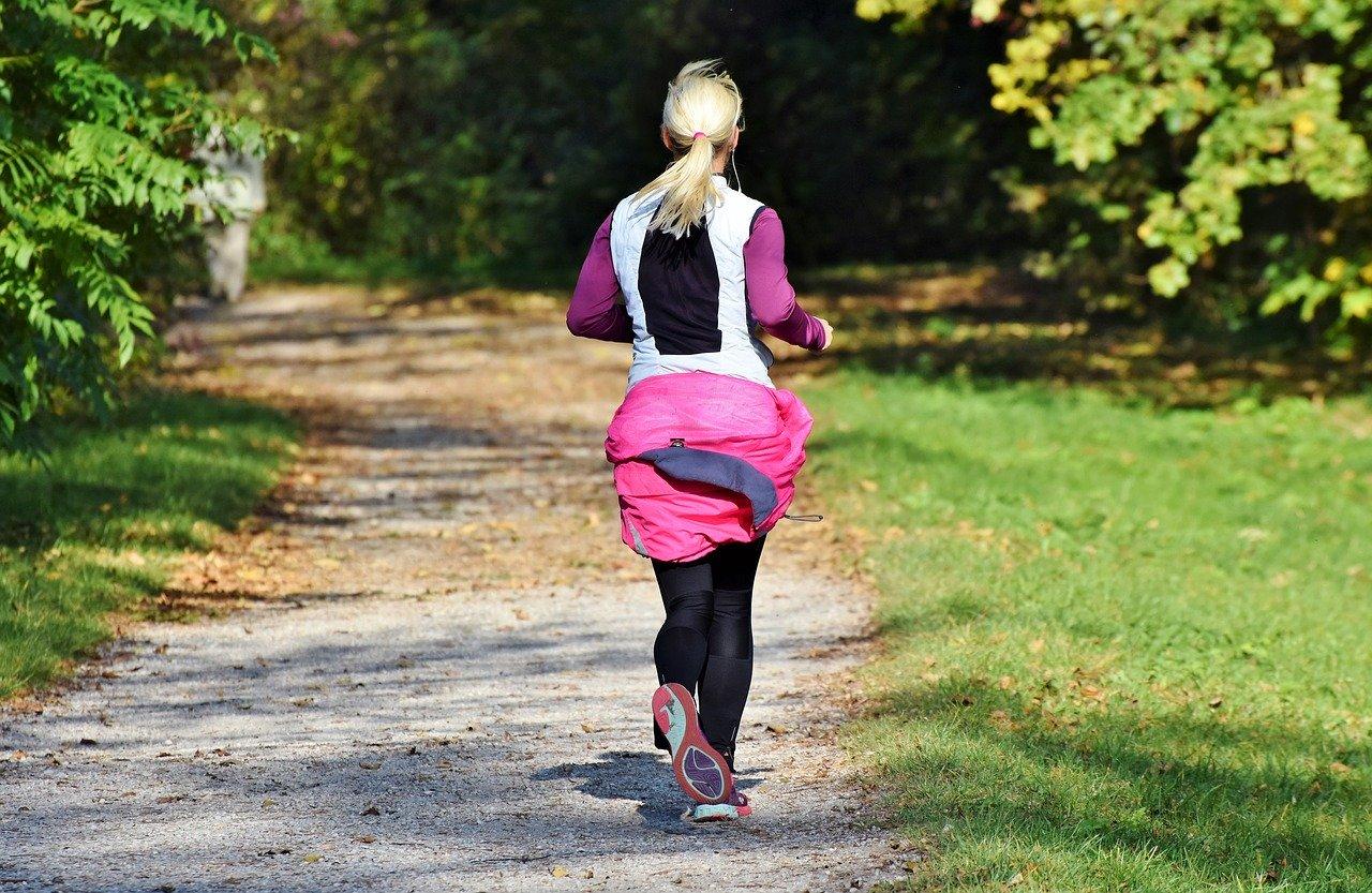 慢跑能改善腿部和臀部的状态吗?
