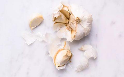 大蒜与减肥之间有什么关系?大蒜能帮助减肥吗?