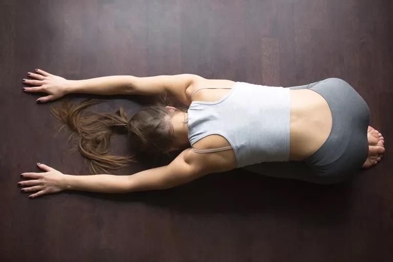 瑜伽如何帮助缓解背痛?